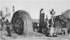 20世纪初期的石龙坝水电站发电机组
