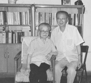 1999年黄宝生探望杨绛先生