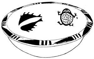 图2-4 鱼与蟾蜍,陕西临潼姜寨仰韶文化遗址出土彩陶盆