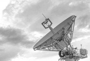 图5-39 达绍古兹州境内的卫星信号地面接收站