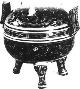 图3 马王堆汉墓出土的漆器