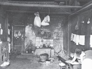 图3-5 广福村某贫困户厨房概貌