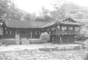 图4-6 永顺县双凤村土家民居