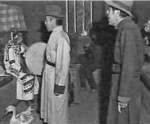 图2-3 达斡尔族萨满治病仪式中的萨满与助手