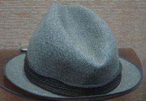 图1-115 礼帽(作者拍摄)